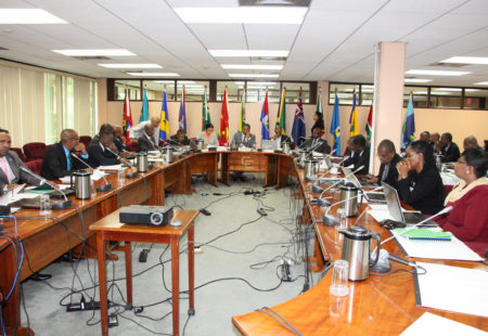 Caricom urged to diversify energy sources despite drop in oil prices