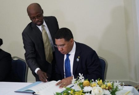CARICOM Member States adopt and sign CCREEE legal agreement